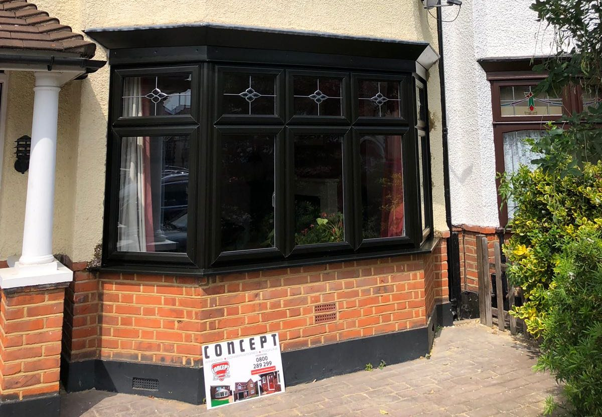 bay windows Hornchurch